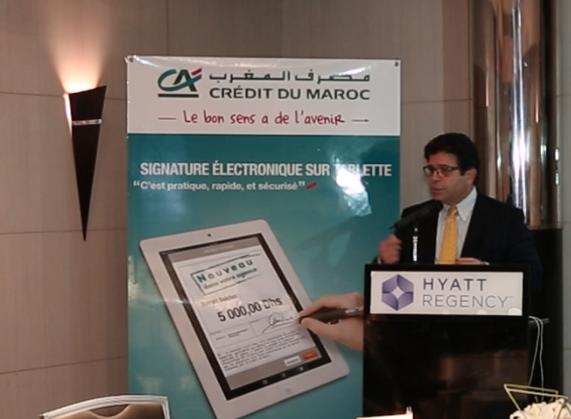 Crédit du Maroc lance la signature électronique en agence...