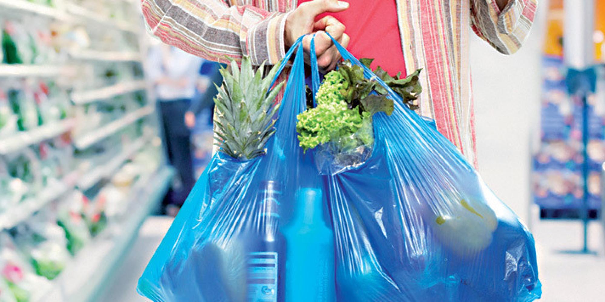 Fabrication de sacs en plastique : Grosse opération coup de poing de l'Intérieur
