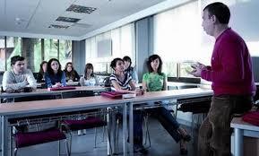 MEN : Recrutement de 188 enseignants d'arabe et de culture marocaine aux enfants des RME