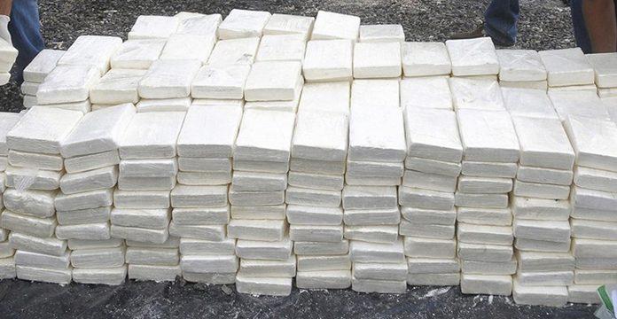 Plus de 900 kg de cocaïne saisis au port d'Algésiras