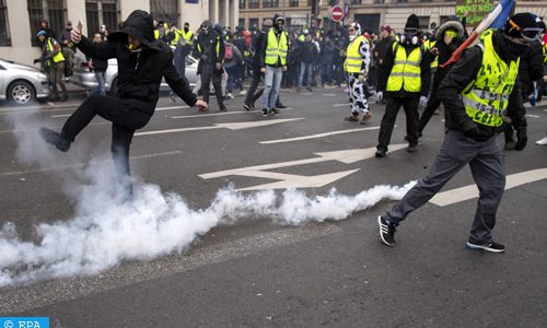 «Gilets jaunes» : 25.000 personnes mobilisées dans toute la France
