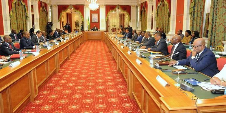Le Gabon instaure une contribution de solidarité sur les hauts revenus