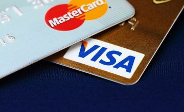 Mastercard et Visa s'engagent à réduire de 40 % leurs commissions en Europe