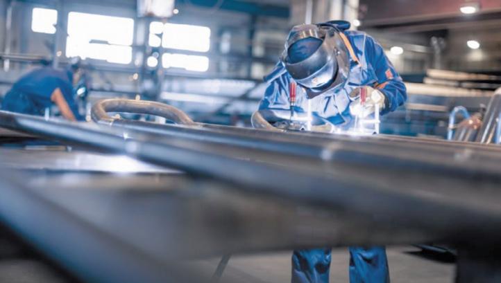 Industrie: l'IPIEM en légère hausse en mars