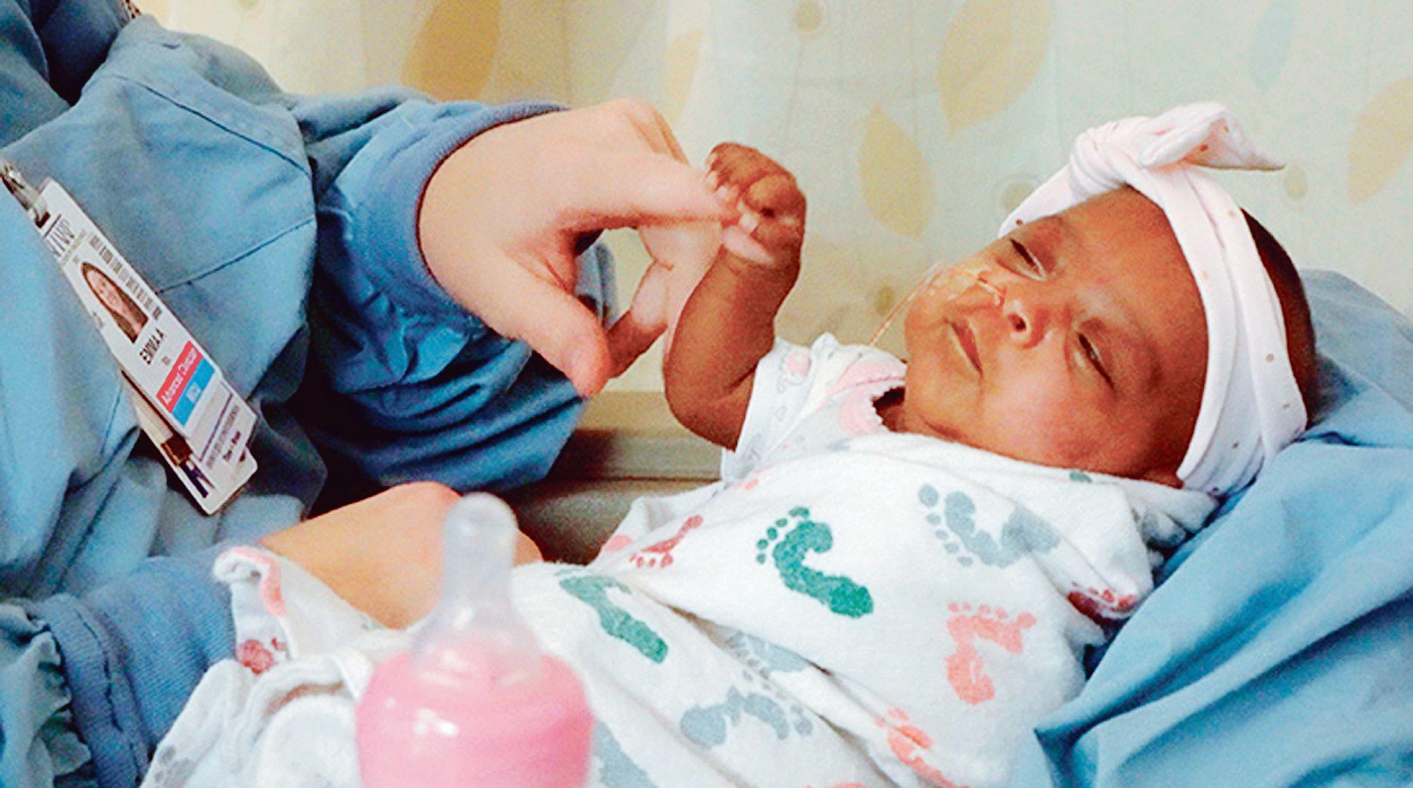USA : Le plus petit bébé vivant au monde pesait… 245 g