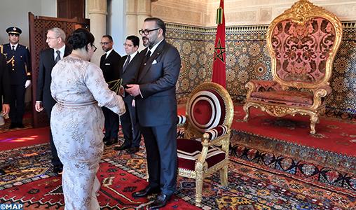 Le Roi nomme de nouveaux ambassadeurs