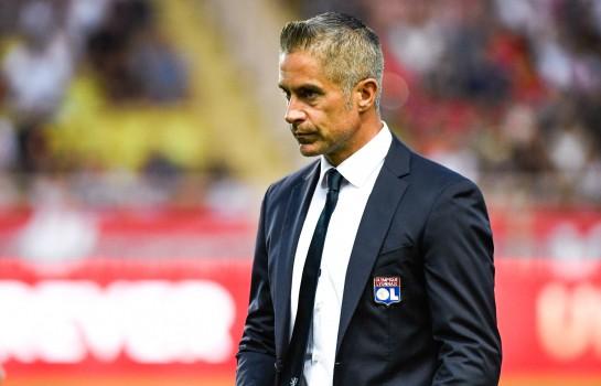 Ligue 1 : Sylvinho limogé de son poste d'entraîneur de Lyon