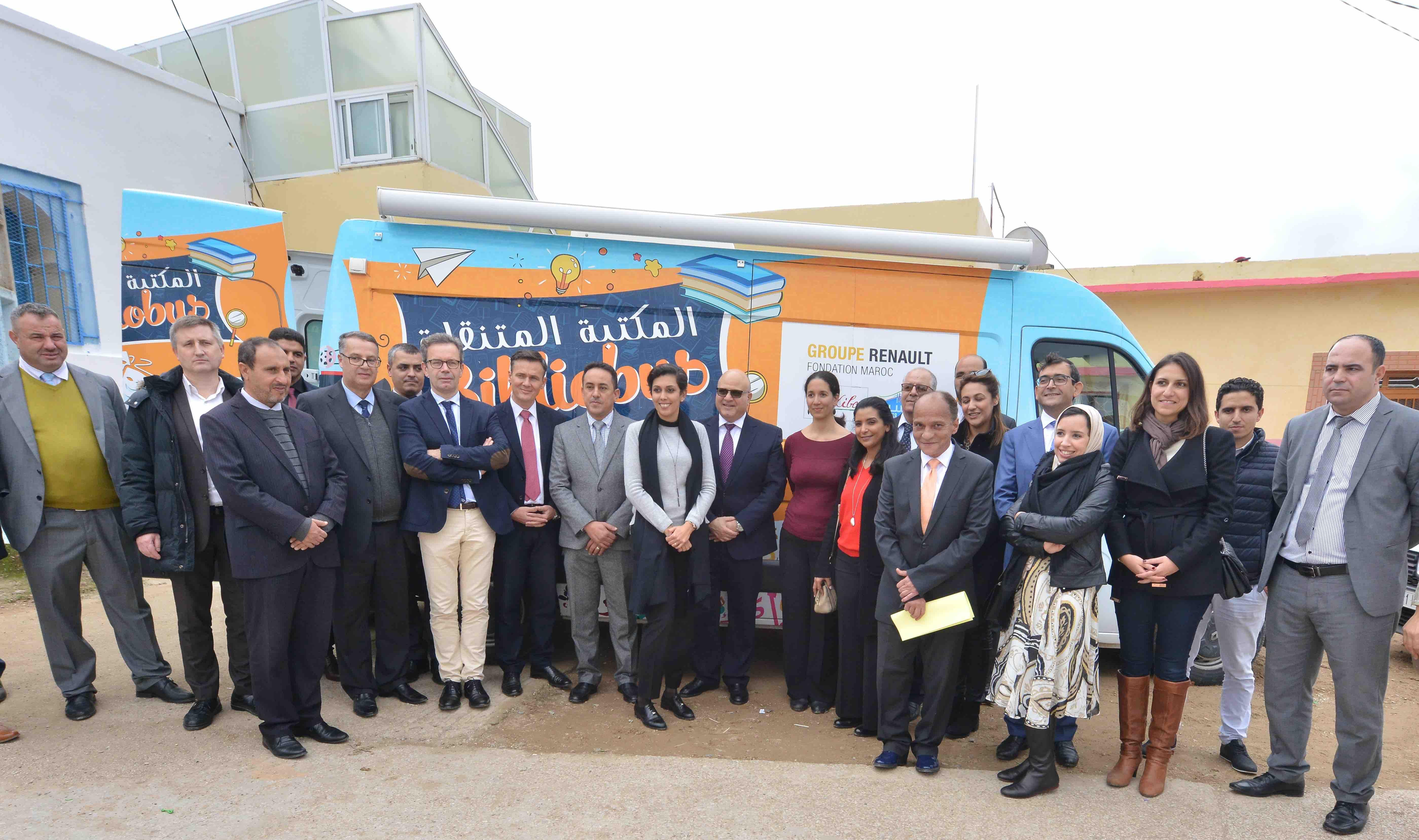 Fondation Renault : Le Bibliobus reprend sa deuxième tournée de l'année