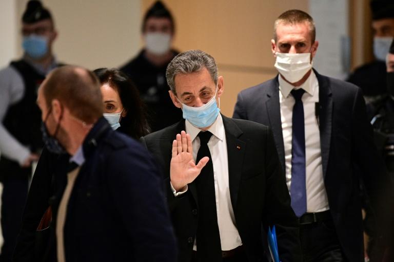 """France/Procès des """"écoutes"""": Sarkozy nie toute corruption"""