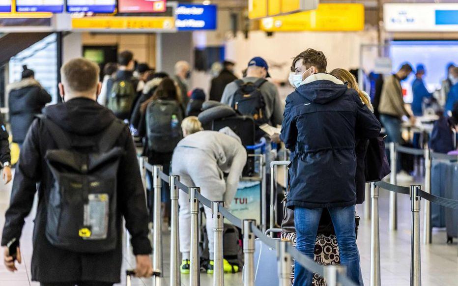 Une nouvelle variante du coronavirus fait trembler l'Europe