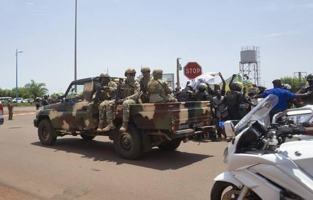 L'Union africaine décide de suspendre le Mali